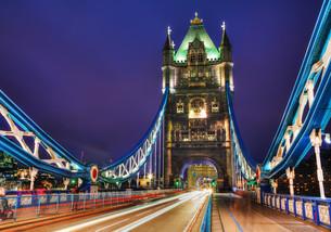 Tower bridge in London, Great Britainの写真素材 [FYI00662120]