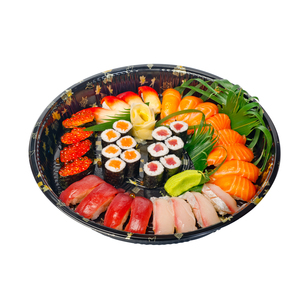 take away sushi express on plastic trayの写真素材 [FYI00662395]