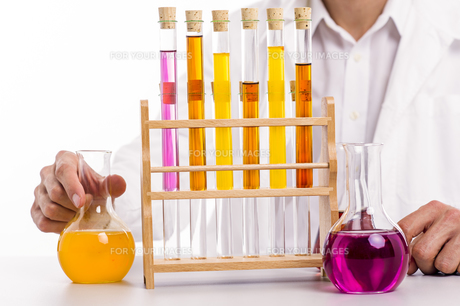 chemist in the labの写真素材 [FYI00662612]