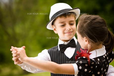 Let's dance!の写真素材 [FYI00662847]