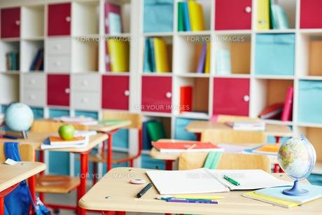 Empty classroomの写真素材 [FYI00663117]