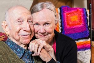Smiling Happy Elderly Coupleの写真素材 [FYI00663202]