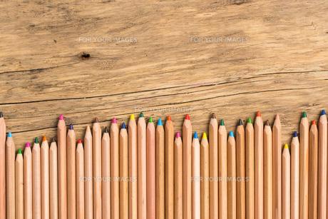 colorful crayonsの素材 [FYI00663367]