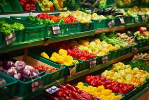 supermarket vegetablesの写真素材 [FYI00663925]