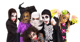 Kids in Halloween costumesの写真素材 [FYI00664134]