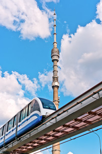 TV tower and monorail trainの写真素材 [FYI00664454]