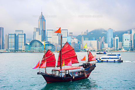 Famous Hong Kong sailboatの写真素材 [FYI00664483]