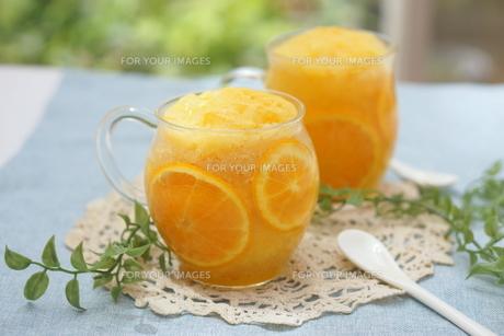 オレンジシャーベットの写真素材 [FYI00665068]