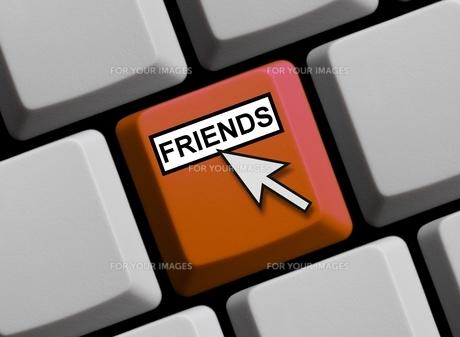 friends onlineの写真素材 [FYI00665328]