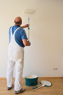 painter at workの写真素材 [FYI00665391]
