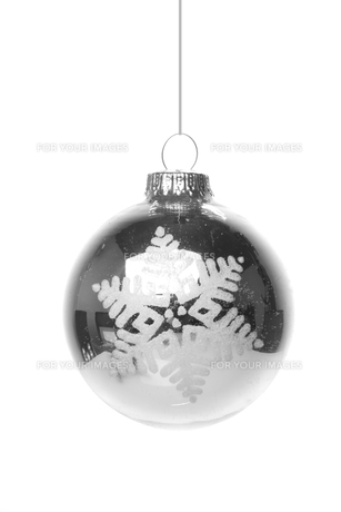 christmas,christmas ball silver with white patternの写真素材 [FYI00667211]