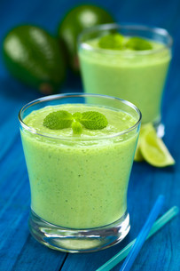 avocado smoothieの写真素材 [FYI00667551]