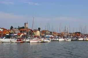 mazury,sailing village in miko?ajkiの写真素材 [FYI00668061]