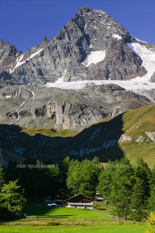 mountainsの写真素材 [FYI00668131]