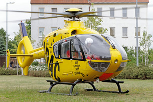eurocopter ec 135 adac luftrettung gmbh during a mission.の素材 [FYI00668483]
