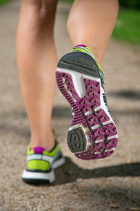 sport shoes while running,jogging,sports or trainingの素材 [FYI00668557]