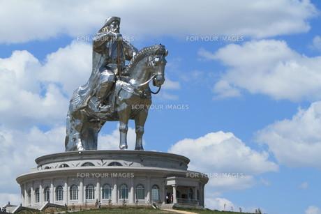 genghis khan monument at zonjin boldogの素材 [FYI00671082]