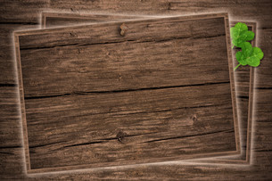 wooden panels with shamrock,blackboardの写真素材 [FYI00671235]
