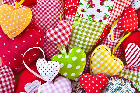 colorful heart from colorful fabricsの写真素材 [FYI00671248]
