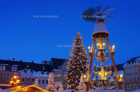annaberg-buchholz weihnachtsmarkt - annaberg-buchholz christmas market 21の写真素材 [FYI00673088]