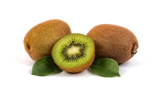 fresh kiwi with half and leavesの写真素材 [FYI00675981]