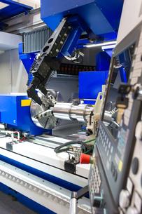 lathe,cnc milling machineの写真素材 [FYI00676707]
