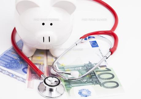 stethoscope money savings billの素材 [FYI00677494]