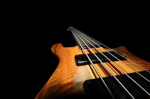 bass guitar stringsの素材 [FYI00681625]