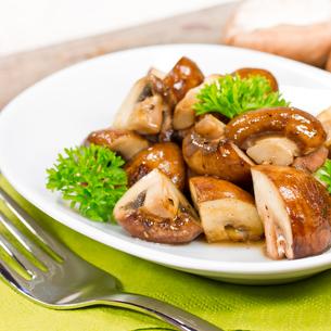 fried mushroomsの写真素材 [FYI00685082]