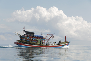 fishing boatの写真素材 [FYI00685807]