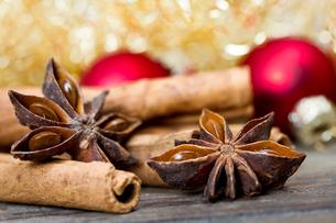 cinnamon and aniseの写真素材 [FYI00685894]