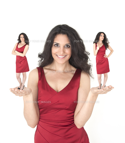 young woman in red dress,decisionの素材 [FYI00685963]
