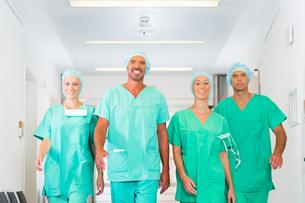 surgeons in hospital or kinikの写真素材 [FYI00686822]