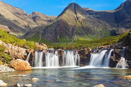 the fairy pools on the isle of skye,scotlandの写真素材 [FYI00686999]