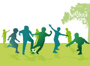 boys play footballの写真素材 [FYI00687346]