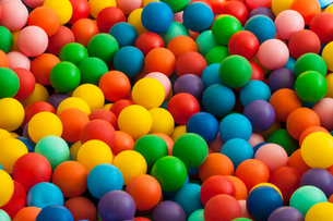 bute balls - ball poolの写真素材 [FYI00692805]