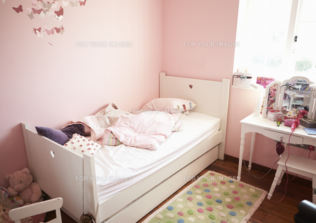 at homeの写真素材 [FYI00694624]