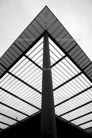 roof of a cinema in karlsruheの素材 [FYI00697065]