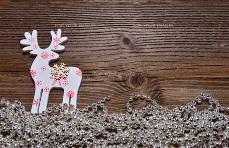 christmas wood background mooseの写真素材 [FYI00698089]
