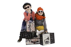 boy and girl on travelの写真素材 [FYI00699452]