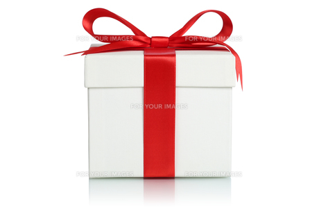 gift with ribbon for christmas,birthday or valentine's dayの写真素材 [FYI00700045]
