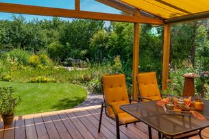 summer terrace and gardenの写真素材 [FYI00700158]