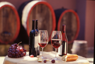 red wine barrelsの素材 [FYI00702079]