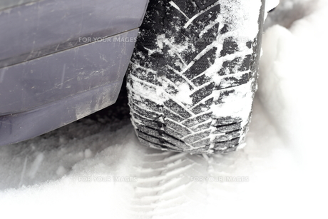 tire track in winterの素材 [FYI00702763]