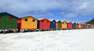 beach houses in muizenbergの写真素材 [FYI00703182]