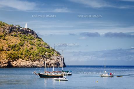 harbor bay of port de soller mallorcaの素材 [FYI00708981]