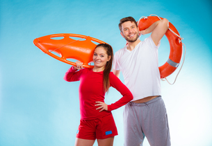 lifeguards on duty with equipmentの写真素材 [FYI00709755]