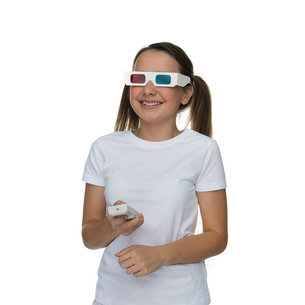 Young girl wearing 3d glassesの写真素材 [FYI00716347]