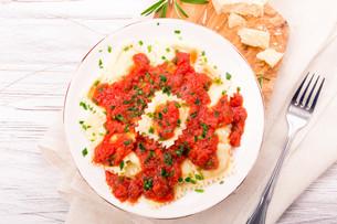 ravioli with tomato sauceの写真素材 [FYI00721711]