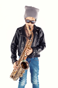 stylish saxophonistの写真素材 [FYI00726177]